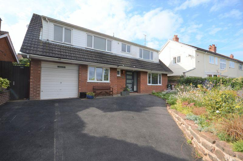 3 Bedrooms Detached House for sale in Lang Lane, West Kirby
