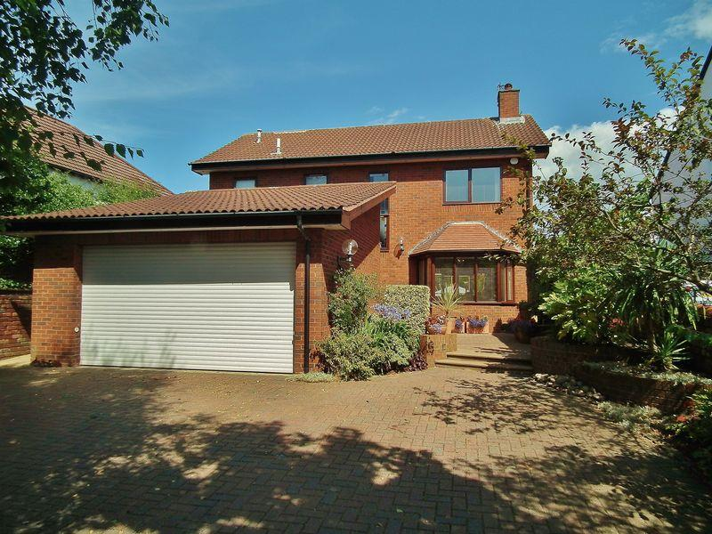 4 Bedrooms Detached House for sale in Osborne Road, Ainsdale