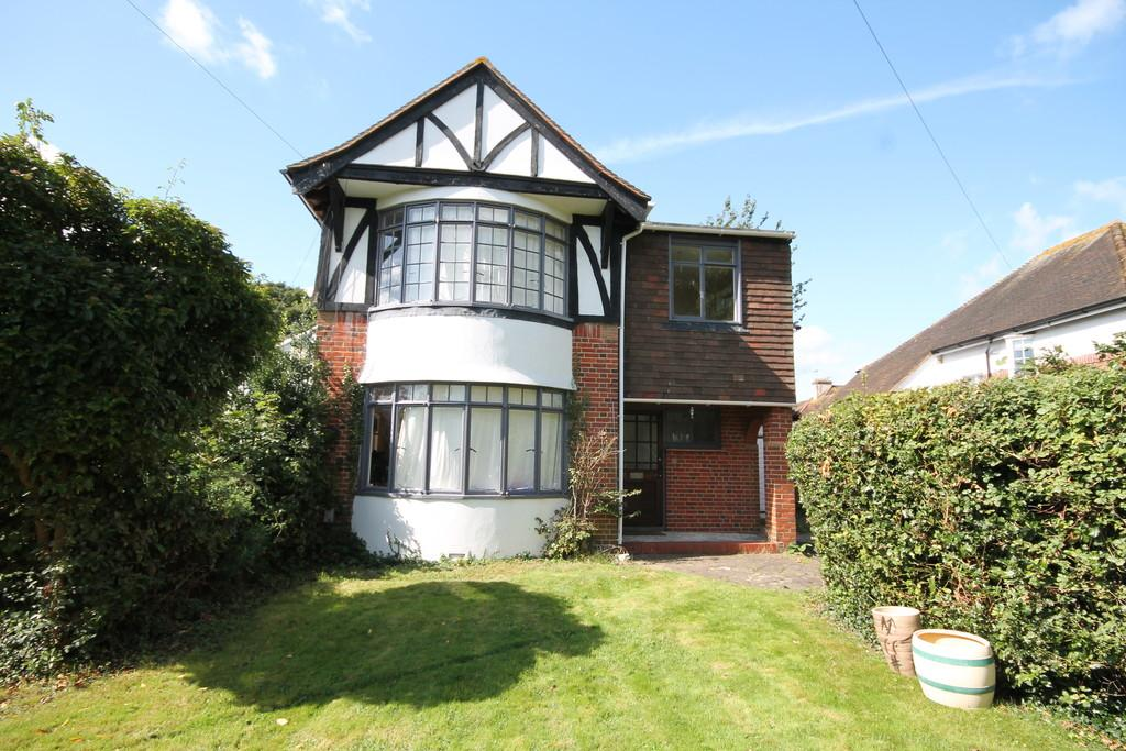 4 Bedrooms Detached House for sale in Buckingham Road, Shoreham-by-Sea, BN43 5UD