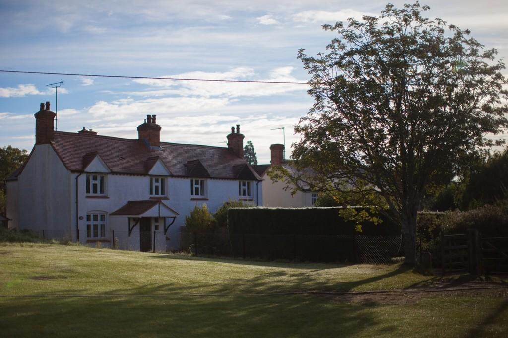 3 Bedrooms Cottage House for sale in Sunningwell Village