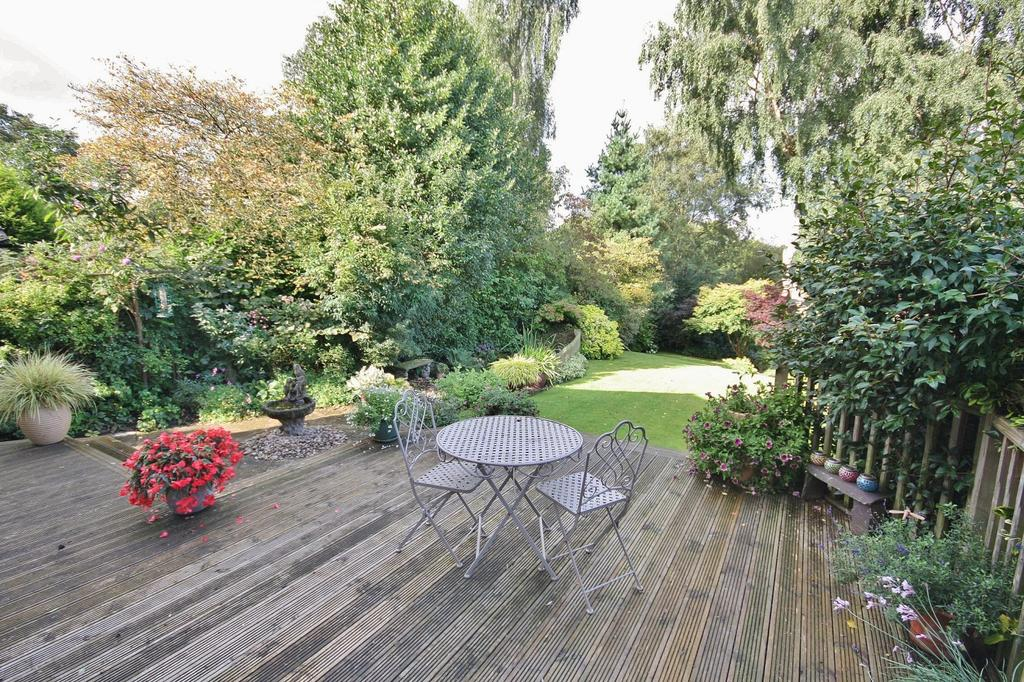 4 Bedrooms Detached House for sale in Grange Park Avenue, Wilmslow