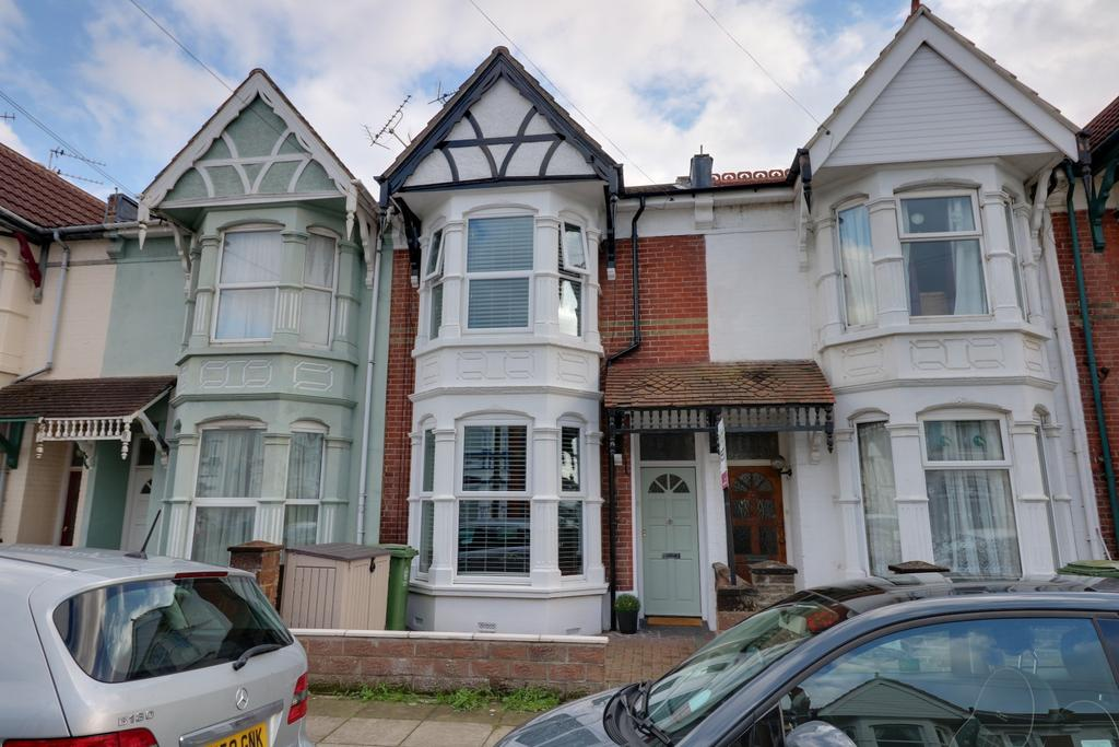 3 Bedrooms Terraced House for sale in Shadwell Road, Portsmouth