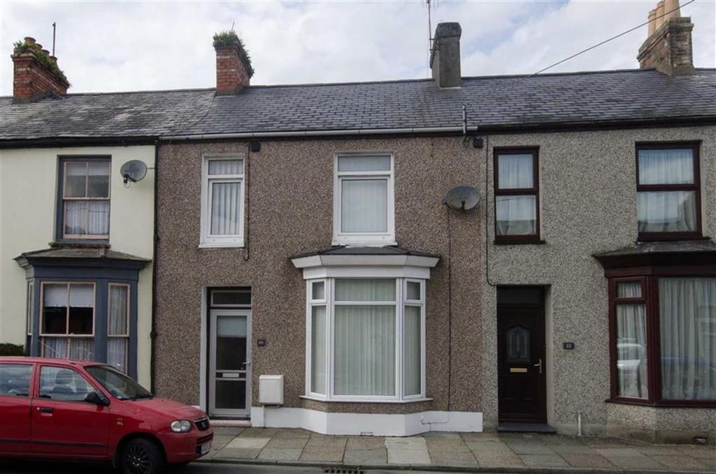 3 Bedrooms Terraced House for sale in New Street, Porthmadog