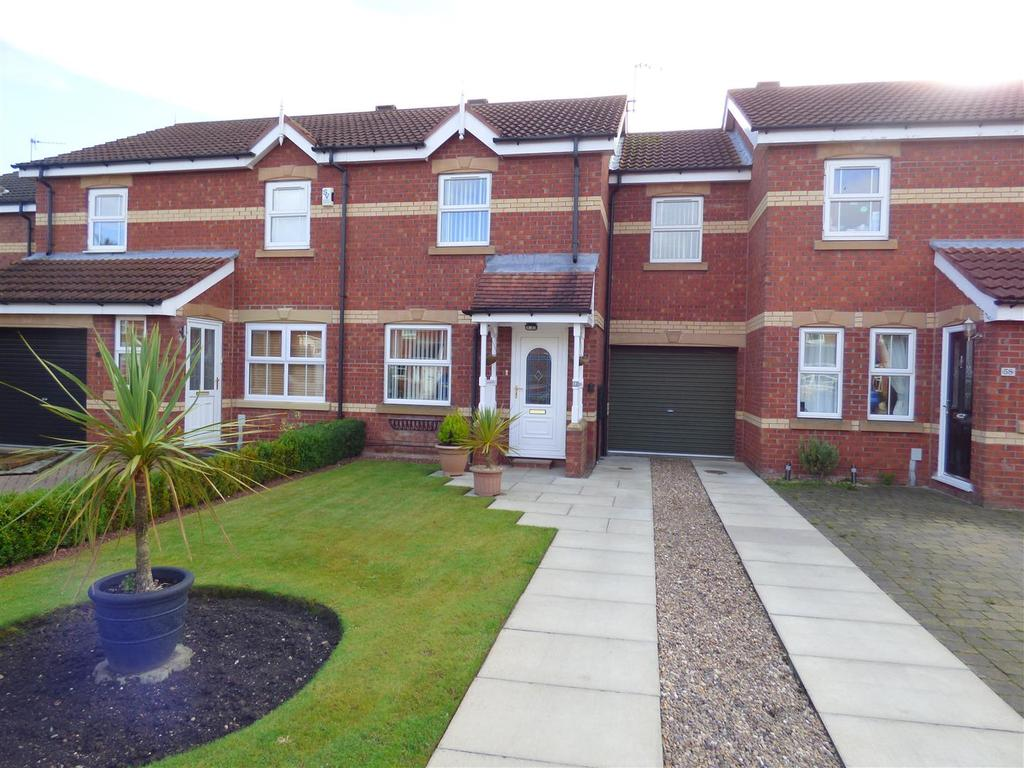 3 Bedrooms Terraced House for sale in 60 Nornabell Drive, Beverley, East Yorkshire, HU17 9GJ