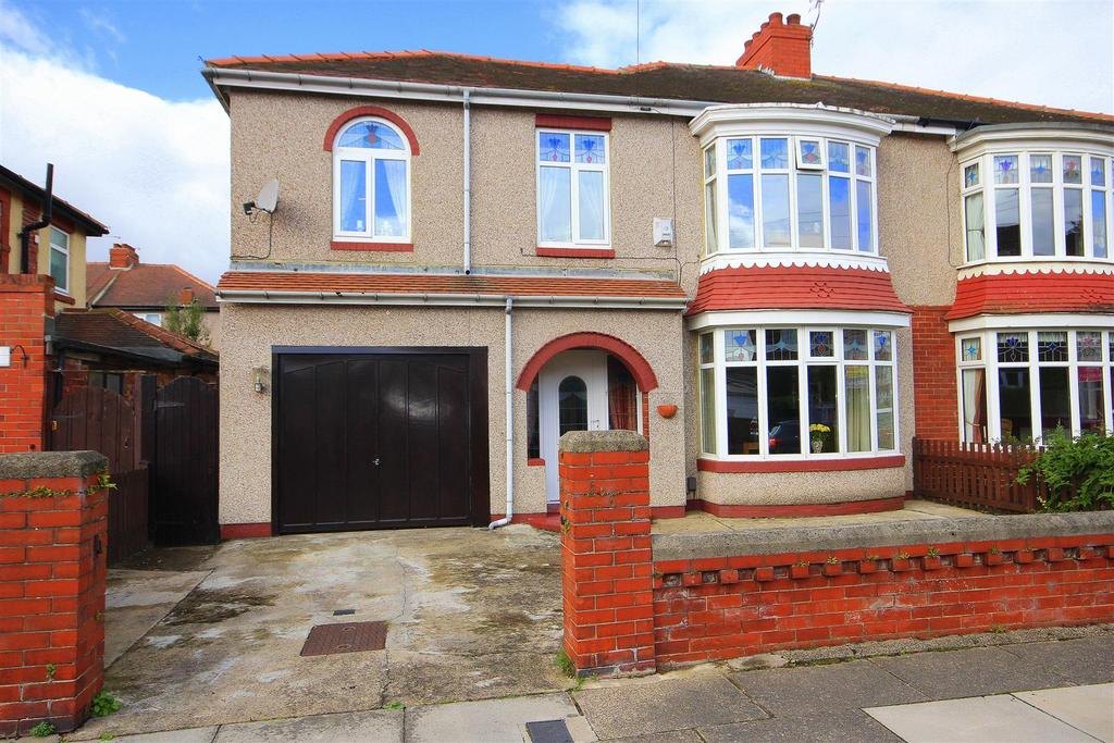 4 Bedrooms Semi Detached House for sale in The Oval, Hartlepool