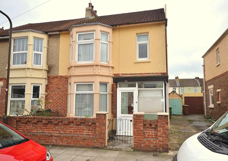 3 Bedrooms Semi Detached House for sale in Idsworth Road, Baffins, Portsmouth