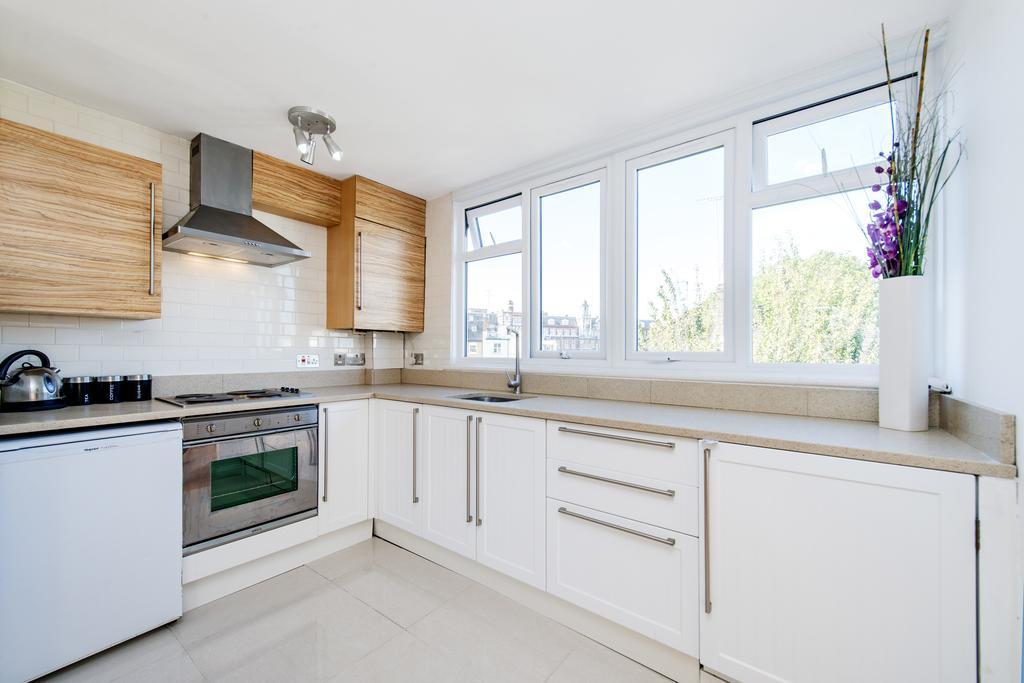 1 Bedroom Flat for sale in Hazlitt House, Milson Road, W14