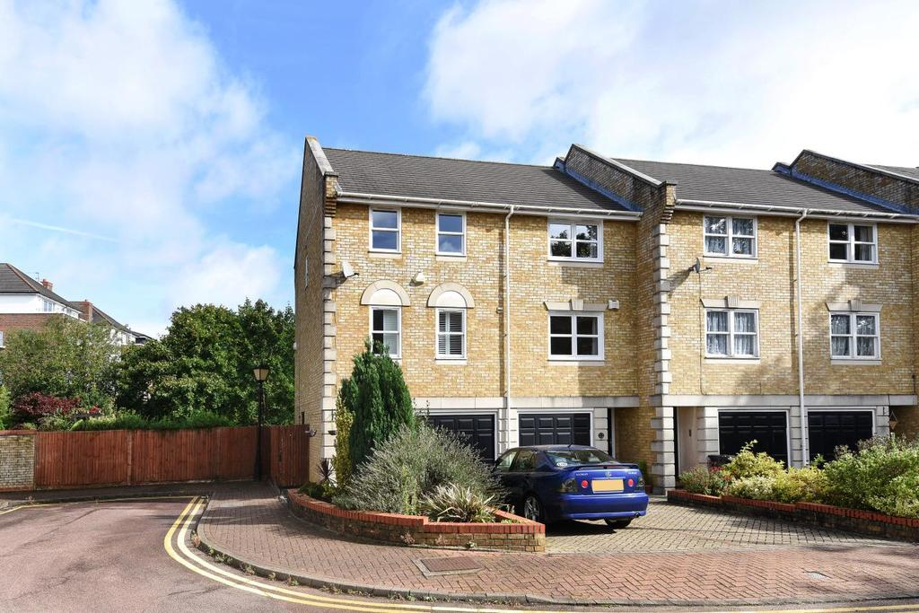 3 Bedrooms Town House for sale in Vicarage Drive, Beckenham