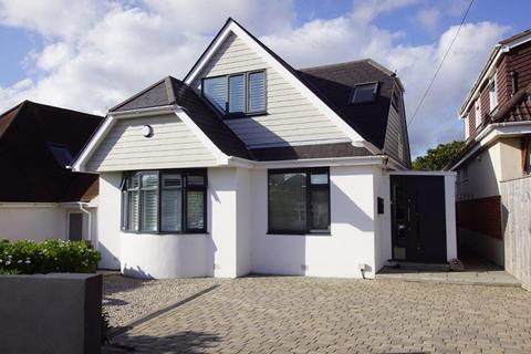 4 bedroom chalet for sale - Woodstock Road, Whitecliff, Poole