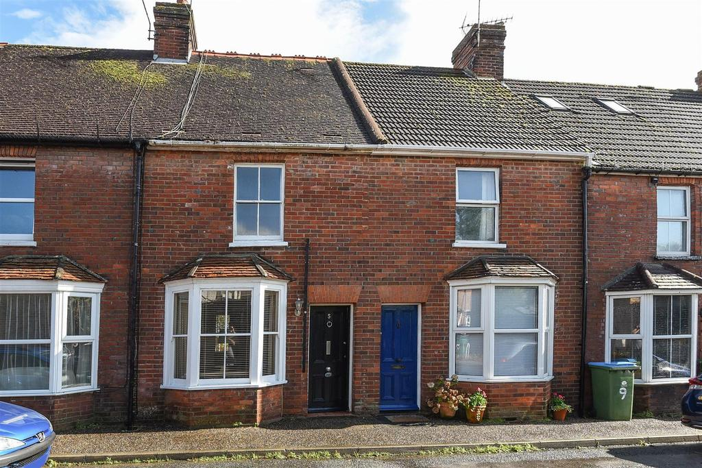 3 Bedrooms Terraced House for sale in Woodview, Arundel