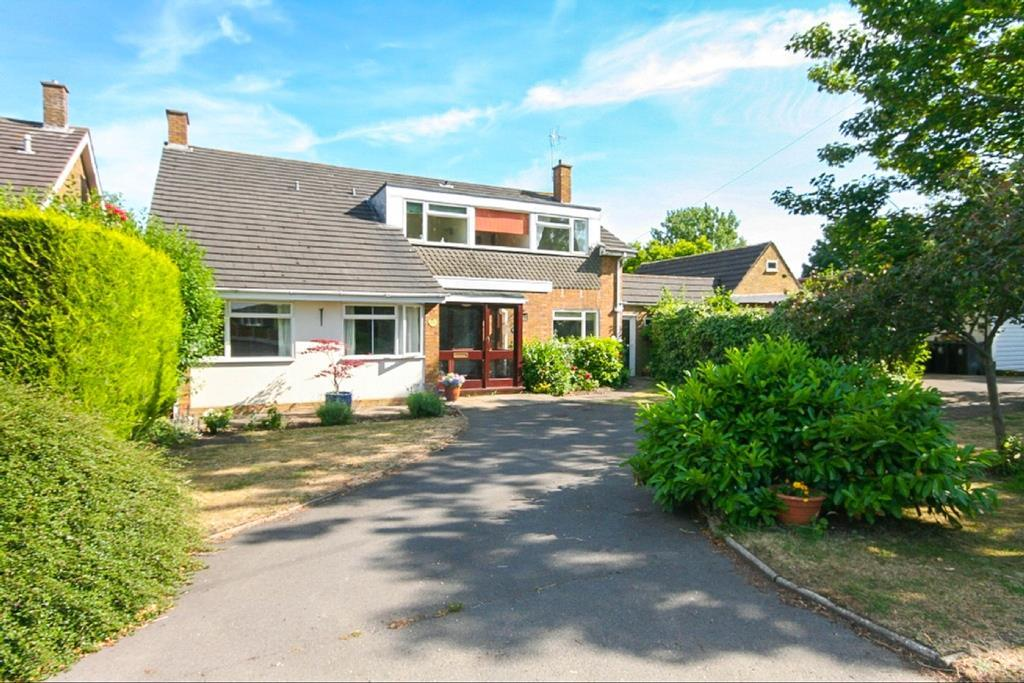 4 Bedrooms Detached House for sale in Blackmore
