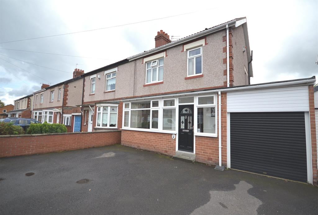 3 Bedrooms Semi Detached House for sale in Walkergate