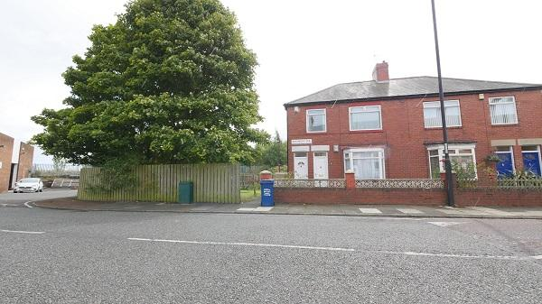 3 Bedrooms Flat for sale in Rothbury Terrace, Heaton, Newcastle upon Tyne NE6
