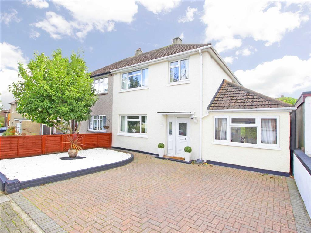 4 Bedrooms Semi Detached House for sale in Priorsford Avenue, Orpington, Kent