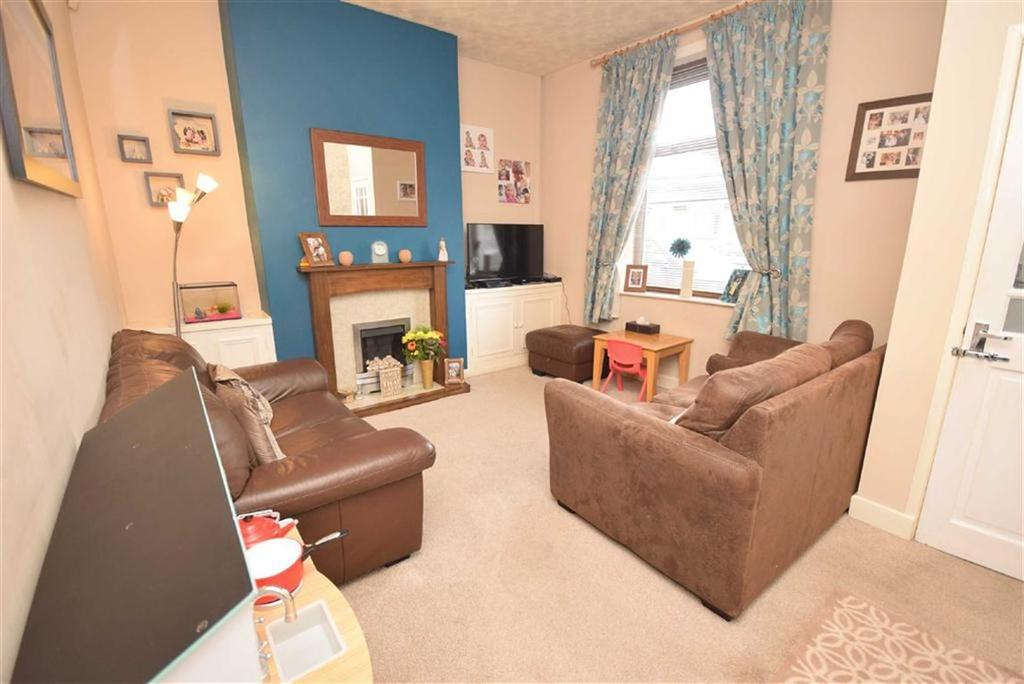 2 Bedrooms Terraced House for sale in Sunderland Street, Burnley, Lancashire