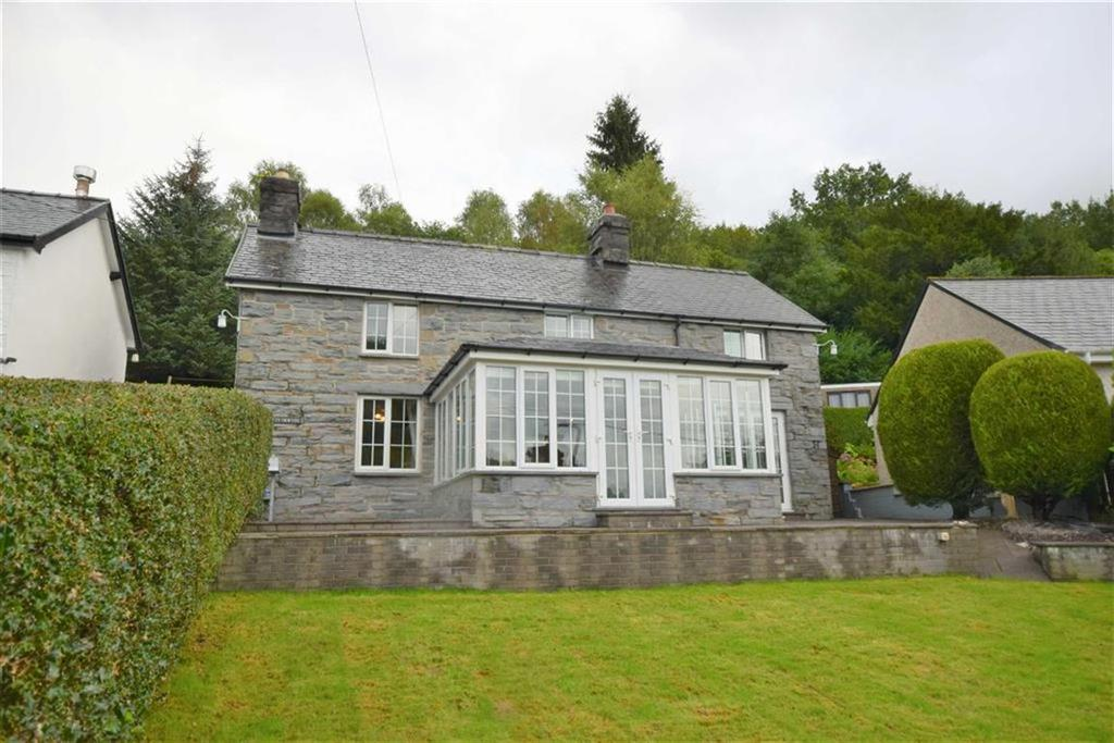 3 Bedrooms Detached House for sale in Ty Newydd, Aberangell, Machynlleth, SY20