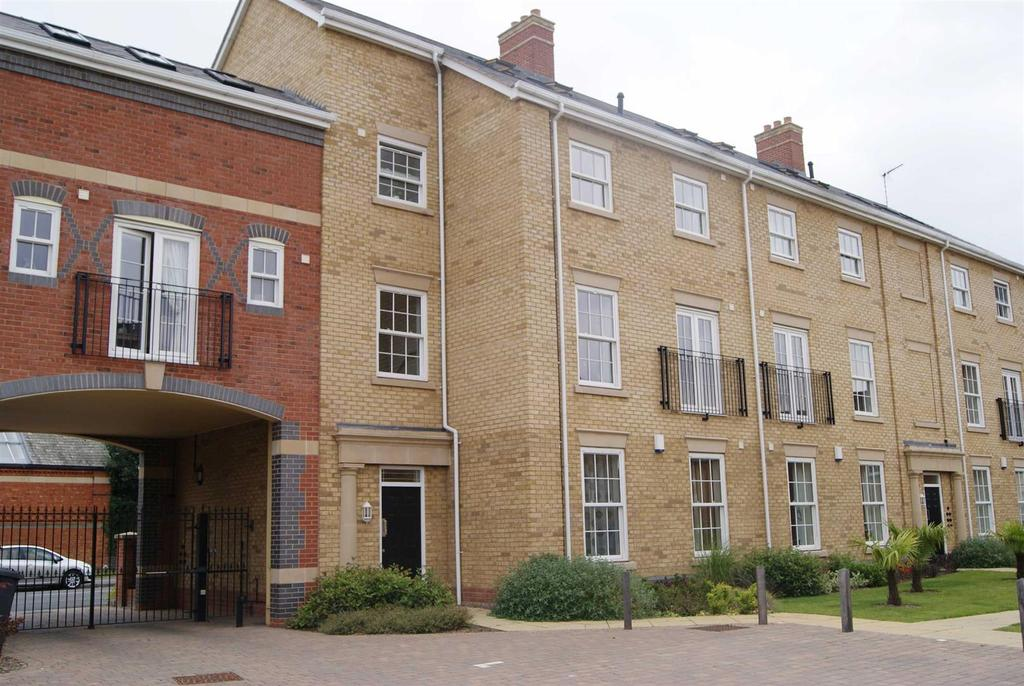 2 Bedrooms Apartment Flat for sale in Dunchurch Road, Rugby