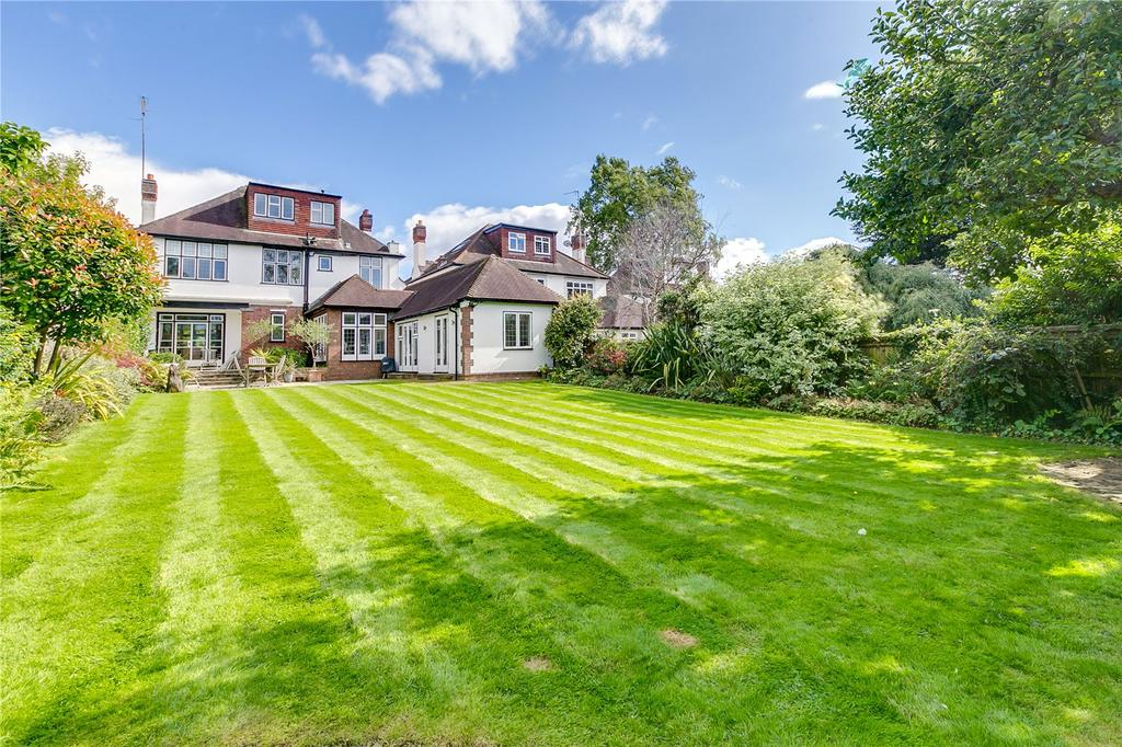 5 Bedrooms Detached House for sale in Roehampton Gate, Putney, London