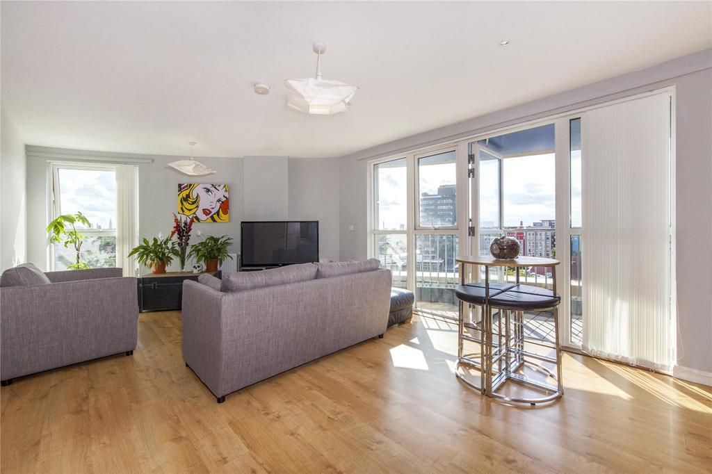 1 Bedroom Flat for sale in Queensland Road, Holloway, London