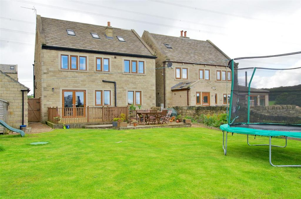 5 Bedrooms Detached House for sale in The Pastures, Shelf