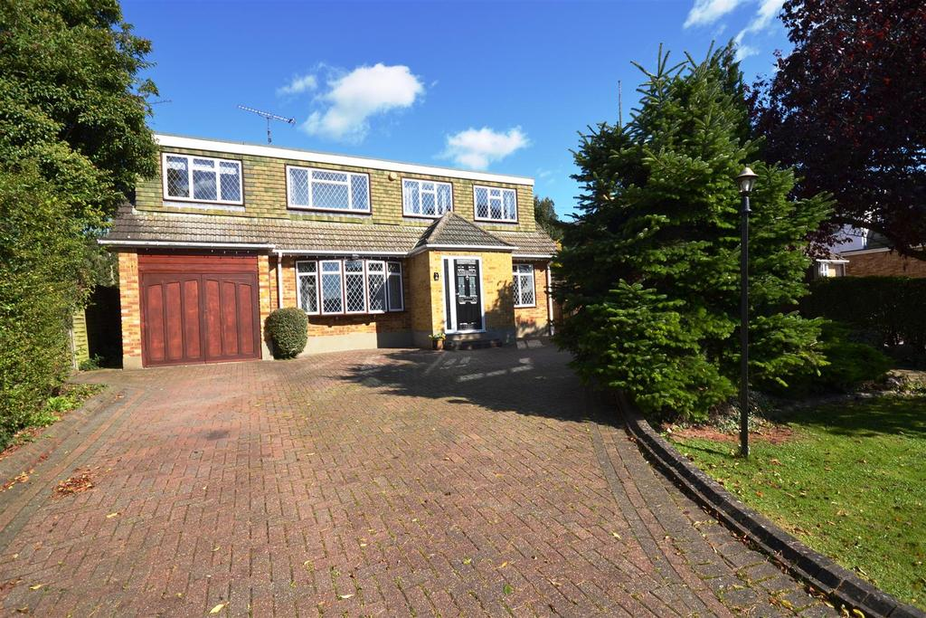 3 Bedrooms Detached House for sale in King Edwards Road, South Woodham Ferrers