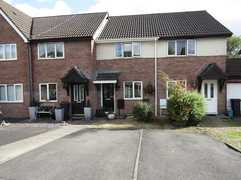 2 Bedrooms Terraced House for sale in Priory Court, Bryncoch, Neath, Neath Port Talbot.