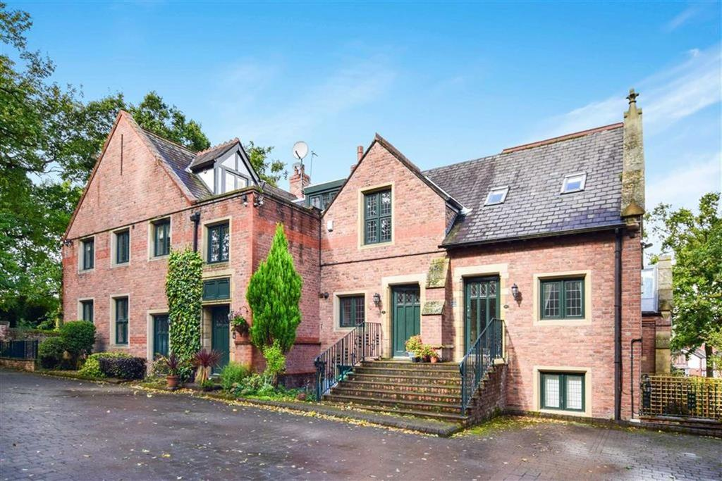4 Bedrooms Town House for sale in Blakeswood, Altrincham, Cheshire, WA14