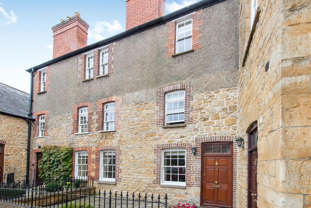 3 Bedrooms House for sale in The Old Green, Sherborne
