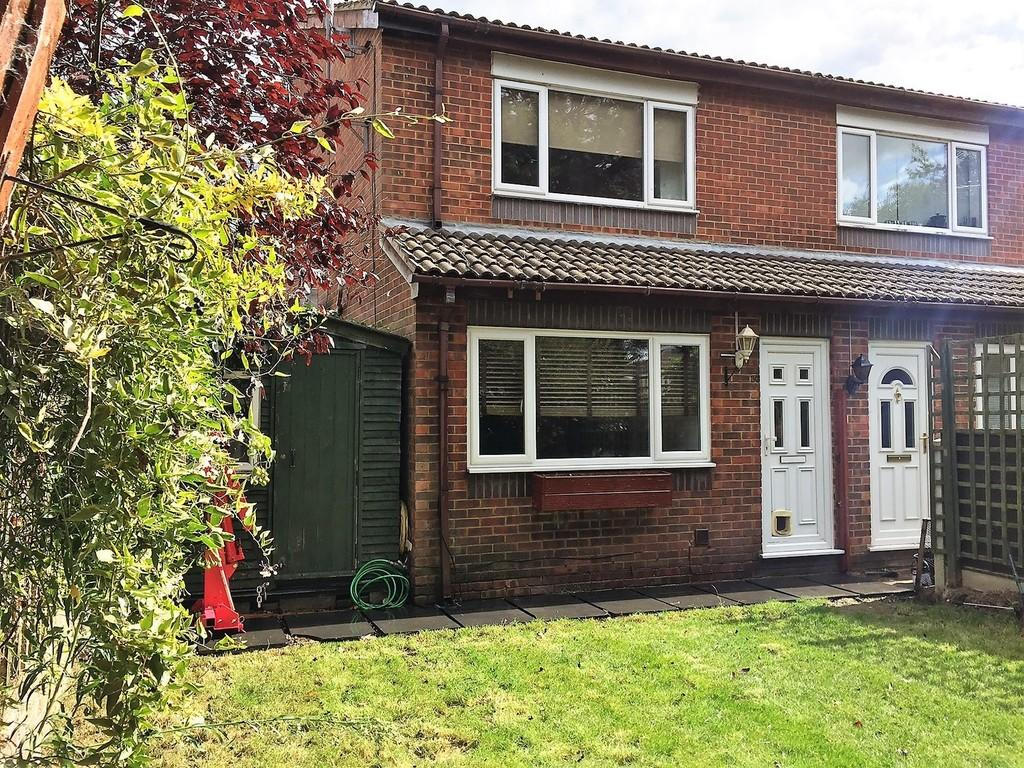 1 Bedroom Semi Detached House for sale in Seaton Drive, Ashford, TW15