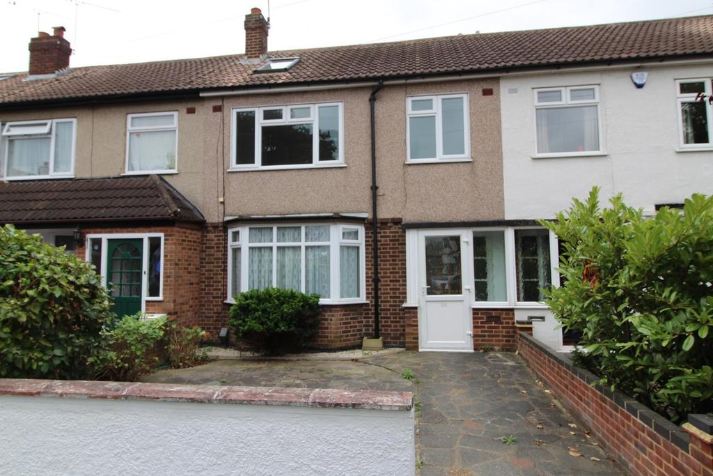 4 Bedrooms Terraced House for sale in Clyde Crescent, Upminster, Essex, RM14