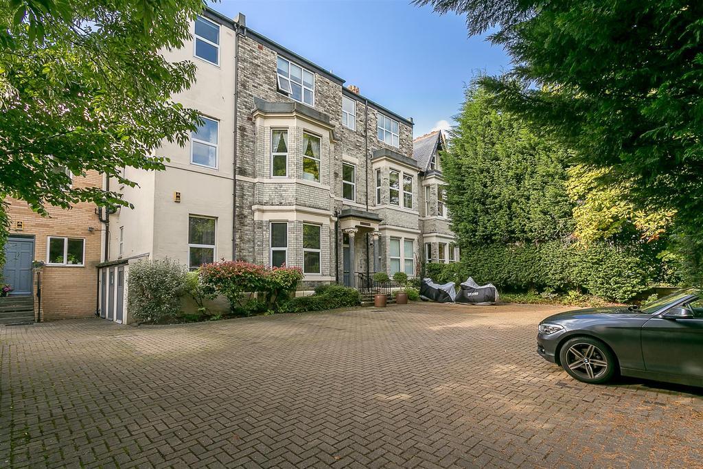 2 Bedrooms Flat for sale in Osborne Villas, Jesmond, Newcastle upon Tyne