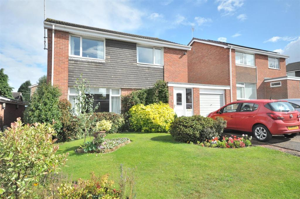 4 Bedrooms Detached House for sale in Quantock Grove, Bingham, Nottingham