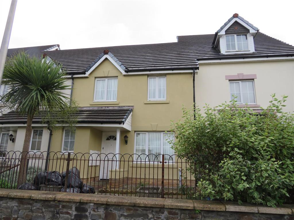 3 Bedrooms Terraced House for sale in Alban Road, Llanelli