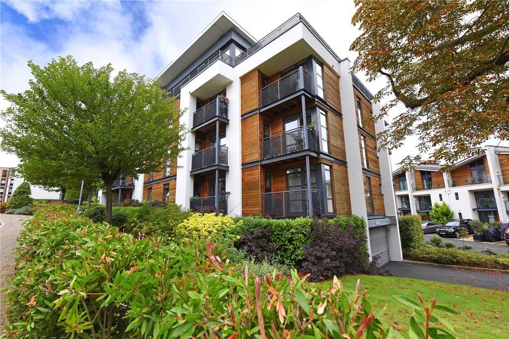 2 Bedrooms Flat for sale in Stafford House, 9 Scott Avenue, London, SW15