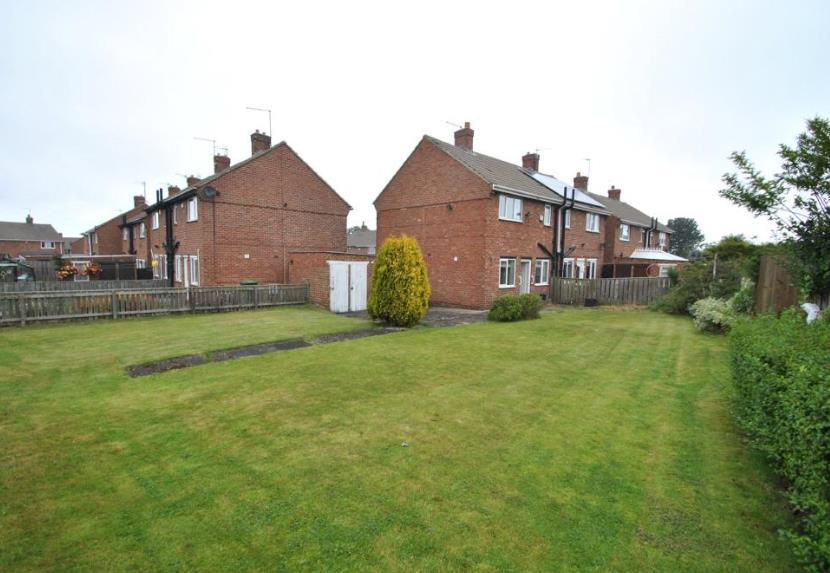 2 Bedrooms Semi Detached House for sale in Essex Cresent, Seaham