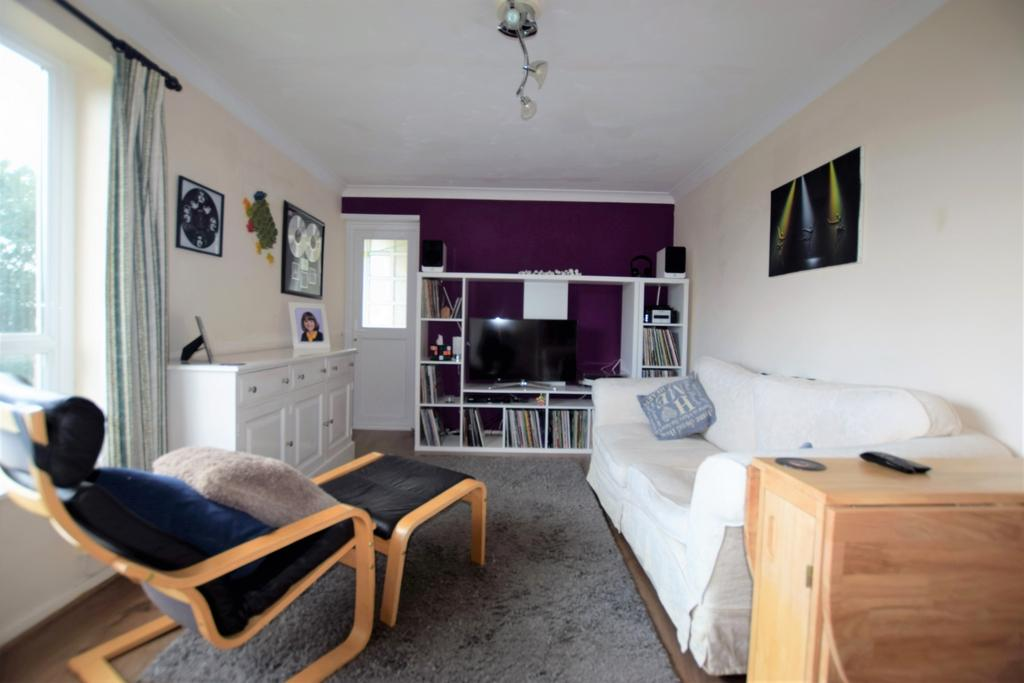 2 Bedrooms Flat for sale in Pellinore Road, Beacon Heath, EX4