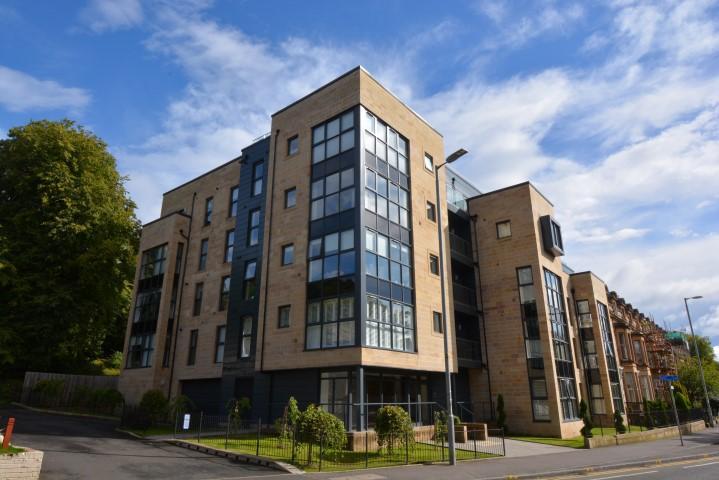2 Bedrooms Flat for sale in 88 Highburgh Road, Hyndland, G12 9EN