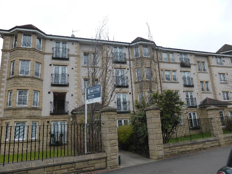 3 Bedrooms Flat for rent in Priorwood Court, Anniesland, Glasgow, G13 1GE