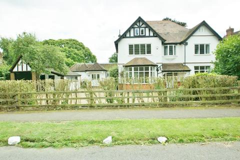 6 bedroom house to rent - Austenway, Chalfont St Peter, Gerrards Cross, SL9