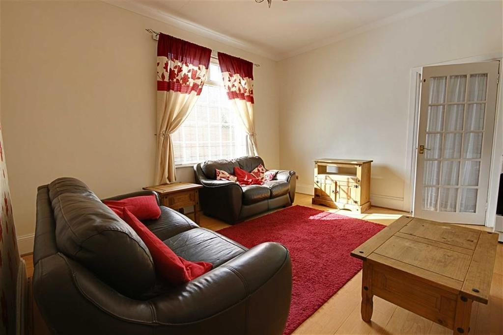 2 Bedrooms Terraced House for sale in Chichester Road, South Shields, Tyne And Wear