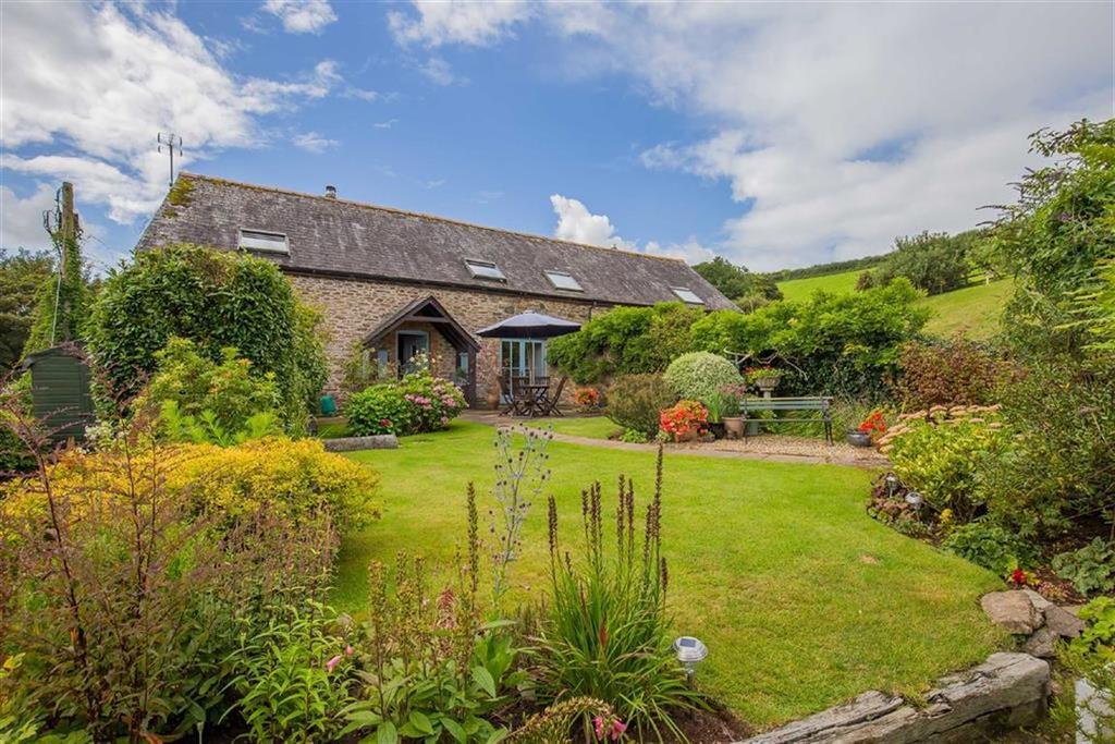 4 Bedrooms Semi Detached House for sale in East Cornworthy, Devon, TQ9