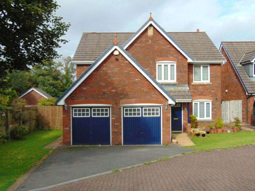 4 Bedrooms Detached House for sale in 81 The Parklands, Cockermouth, CA13 0XJ