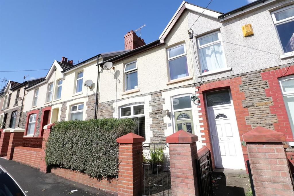 3 Bedrooms Terraced House for sale in Llwyn On Street, Caerphilly