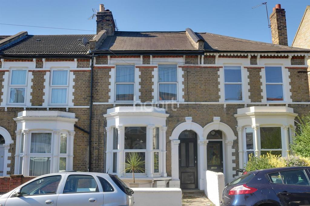 2 Bedrooms Flat for sale in Grove Road