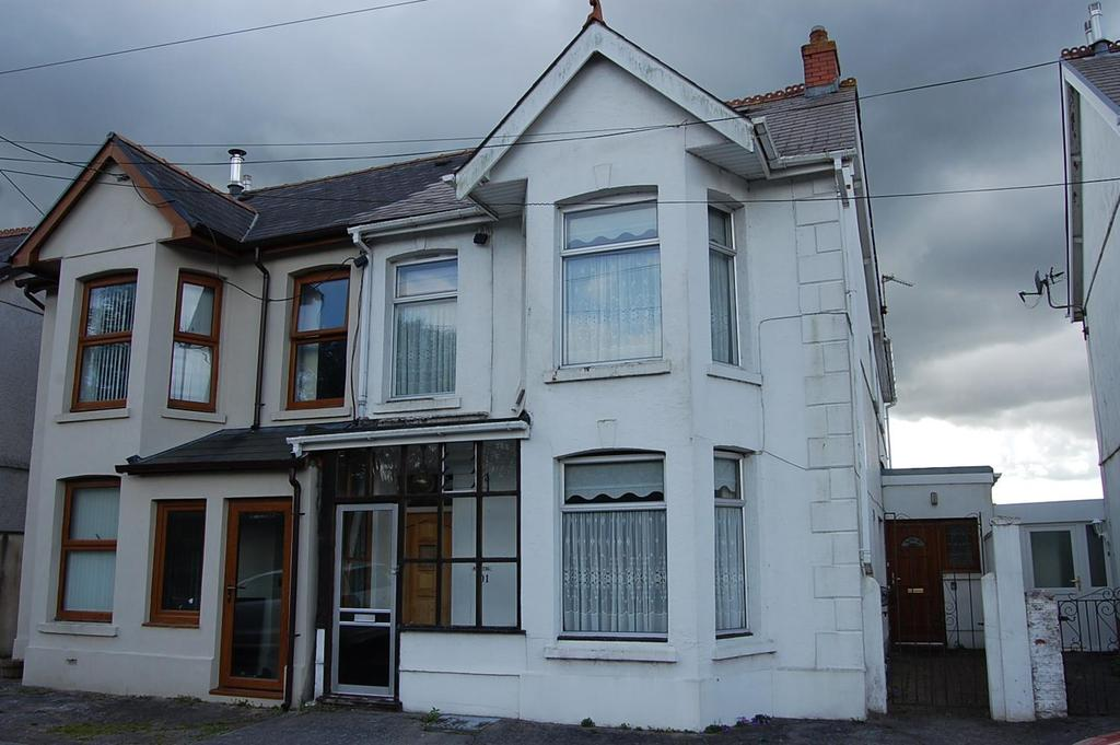 3 Bedrooms Semi Detached House for sale in Ammanford Road, Llandybie, Ammanford