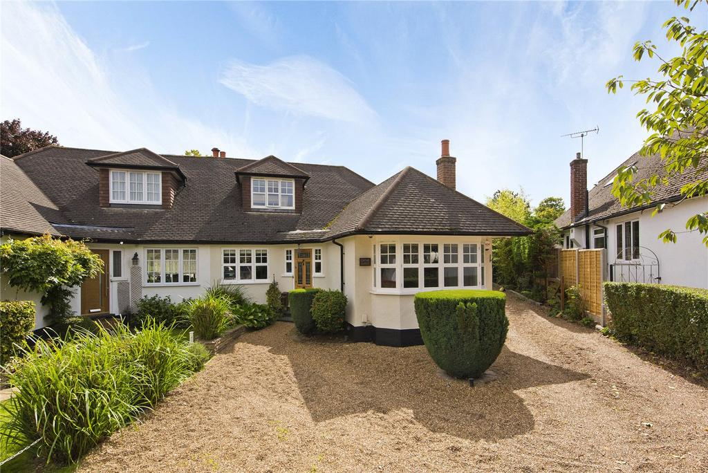 5 Bedrooms Semi Detached House for sale in Dorney Grove, Weybridge, KT13
