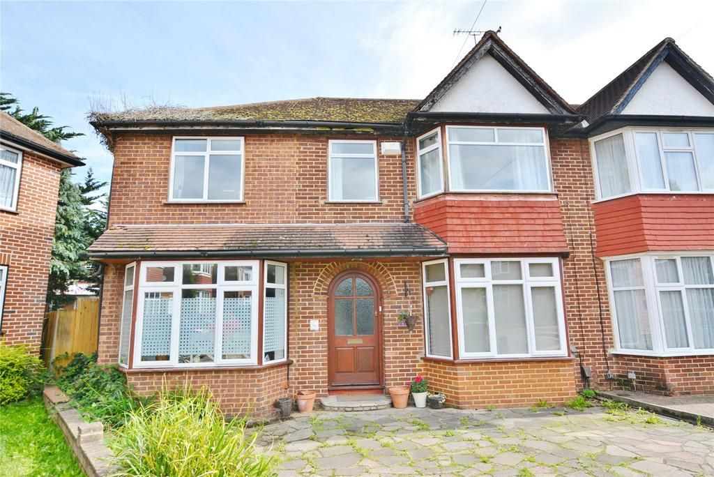 5 Bedrooms Semi Detached House for sale in Maychurch Close, Stanmore, Middlesex, HA7