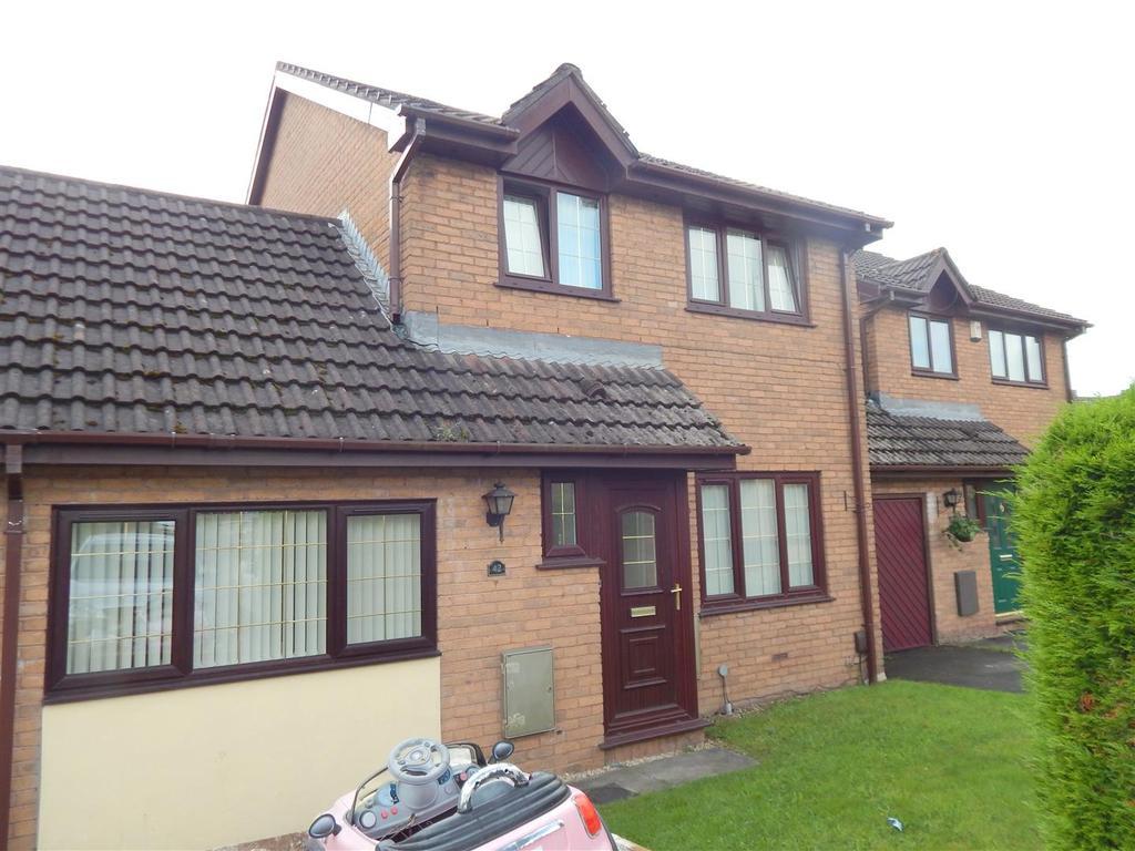 3 Bedrooms House for sale in Cwrt Cilmeri, Morriston, Swansea