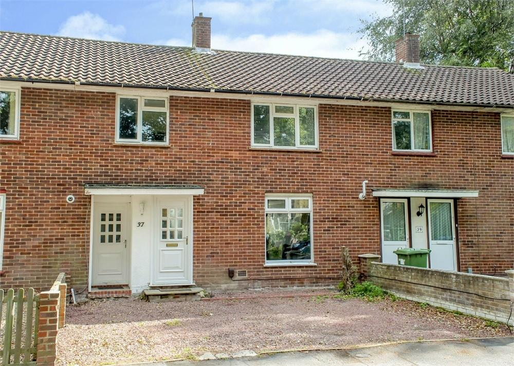 3 Bedrooms Terraced House for sale in Balfour Crescent, Bracknell, Berkshire