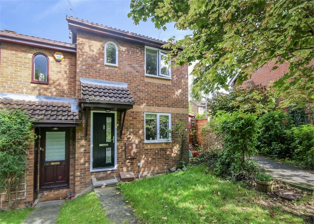 2 Bedrooms End Of Terrace House for sale in Walsh Avenue, Warfield, Berkshire